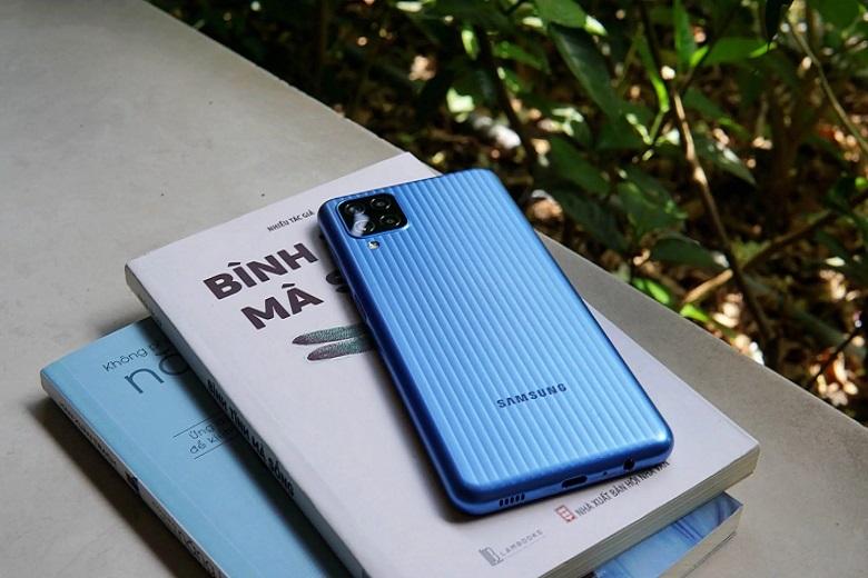 Samsung Galaxy M12 giá bán