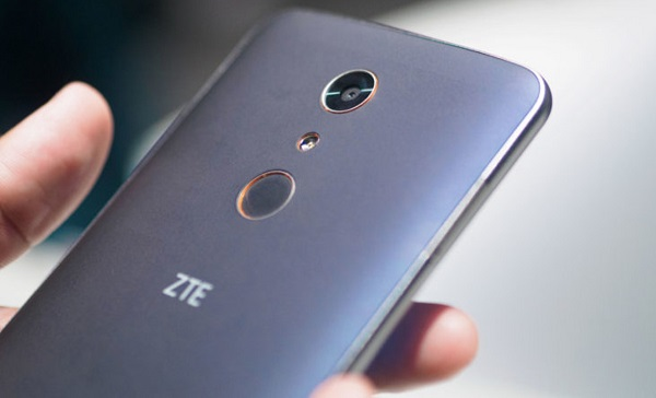 ZTE Zmax Pro hỗ trợ quay video Full HD