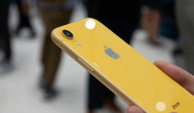Đánh giá thiết kế iPhone XR cũ like new