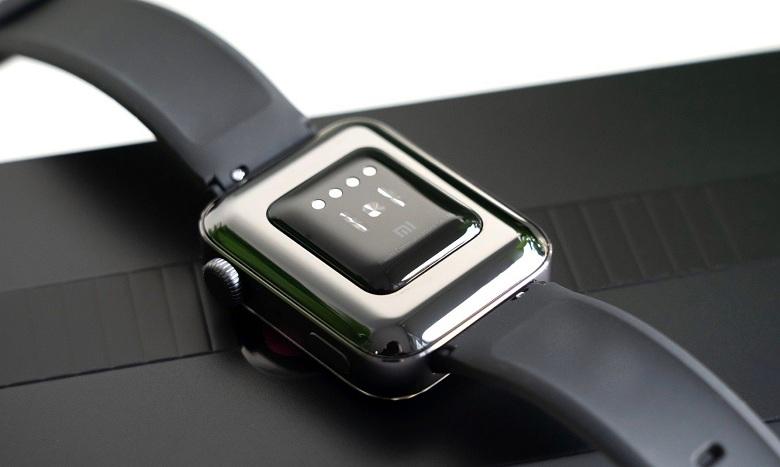 mặt sau của Xiaomi Mi Watch