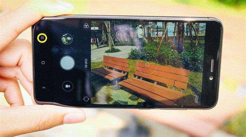 Bấm giữ phím đa nhiệm trên Xiaomi Redmi 4X