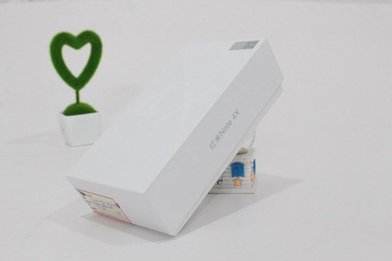 Hộp đựng Xiaomi Redmi Note 4X