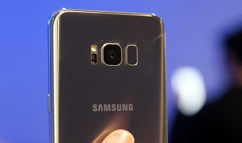 Cách test Samsung Galaxy S8 cũ: Xem camera có trầy
