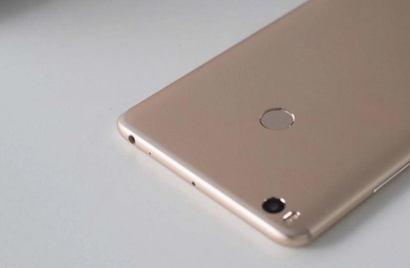 Thiết kế Xiaomi Mi Max 2