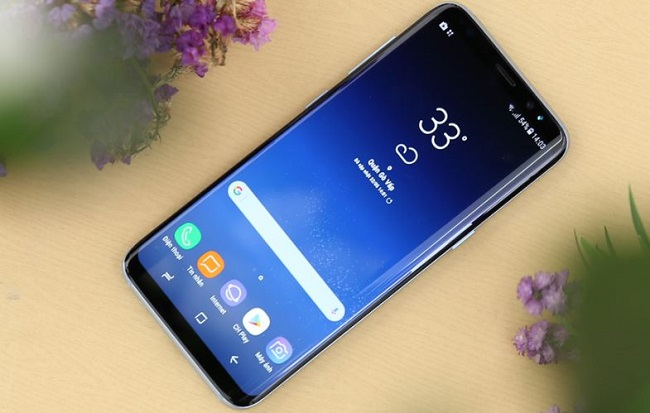 Nên mua Samsung Galaxy S8 hay Galaxy S8 Active: S8