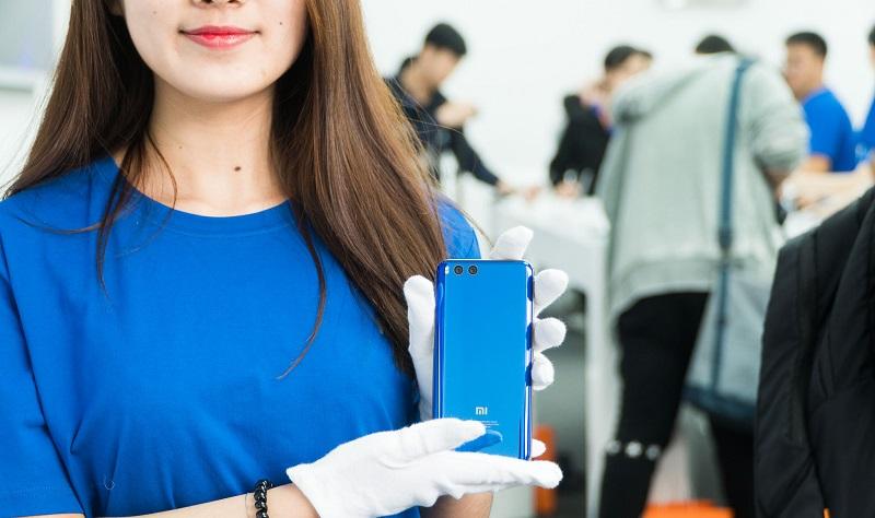 Nên mua Bphone 2017 hay Xiaomi Mi6