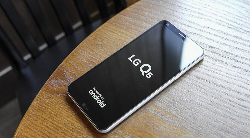 Đập hộp LG Q6: Android