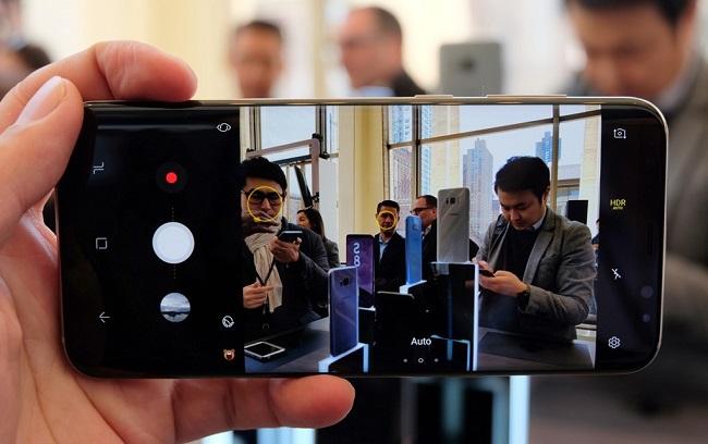 Giao diện Samsung Galaxy S8 2 SIM