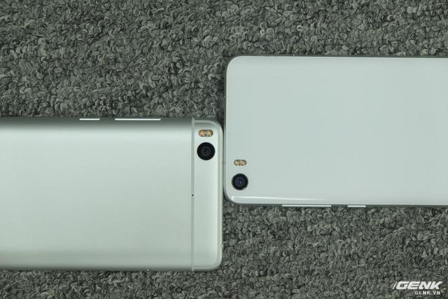 Phần camera của Mi 5s cũng lớn hơn. Tuy nhiên rất may, nó không lồi ra như nhiều mẫu smartphone khác trên thị trường