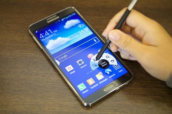 Điểm nhấn của Samsung Galaxy Note 3 cũ chính là bút S Pen đẳng cấp