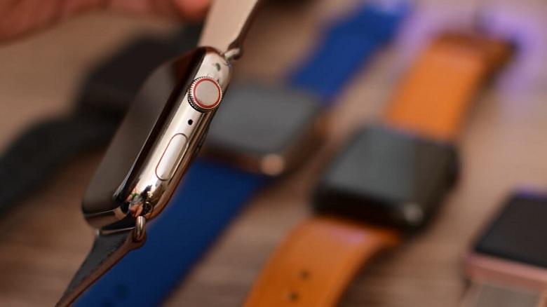 cạnh phải của Apple Watch Series 4 (40 mm) bản thép