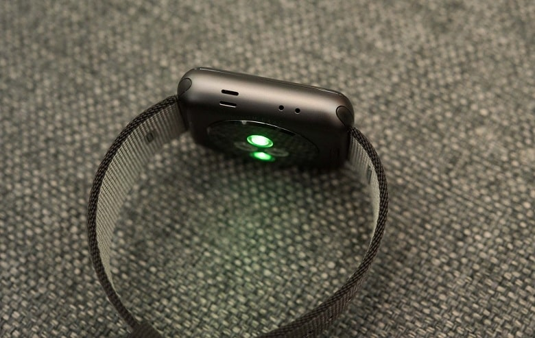 cảm biến Apple Watch Series 2 GPS (Thép)
