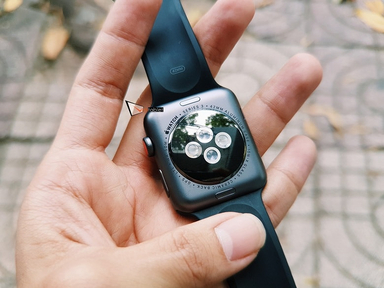 mặt lưng của Apple Watch Series 3 (42 mm) Like New