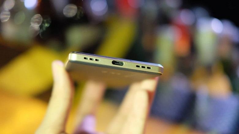 Blackberry Key2 LE có cấu hình mạnh mẽ tầm trung