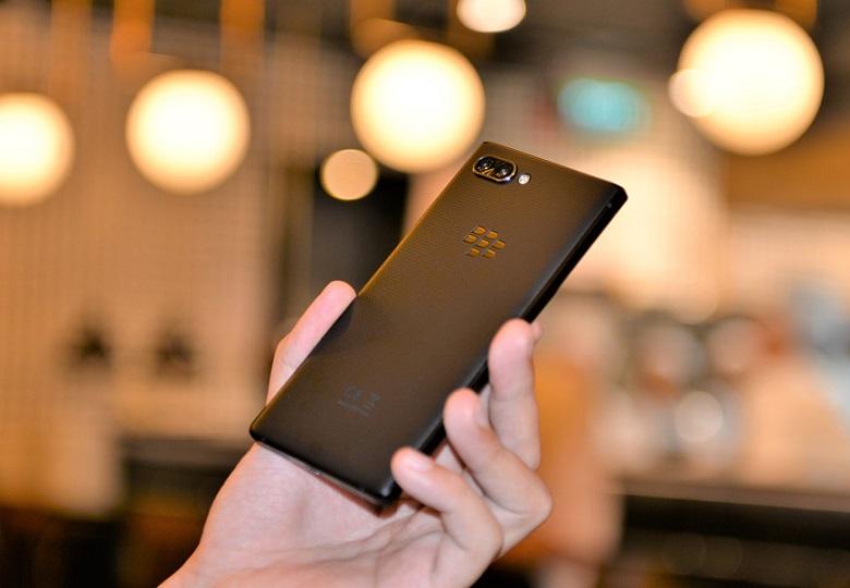 Blackberry Key2 cấu hình