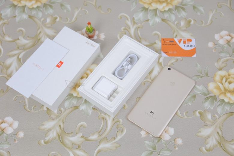 Vì sao nên mua Xiaomi Mi Max 2 3