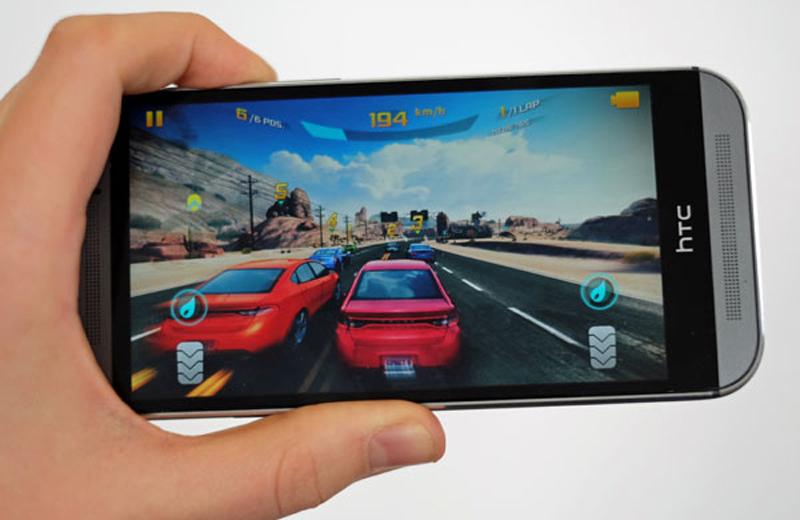 HTC One M8 Docomo cấu hình khủng, màn hình đẹp
