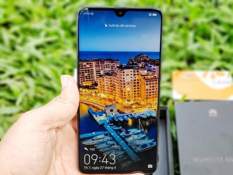 Huawei Mate 20 màn hình khủng