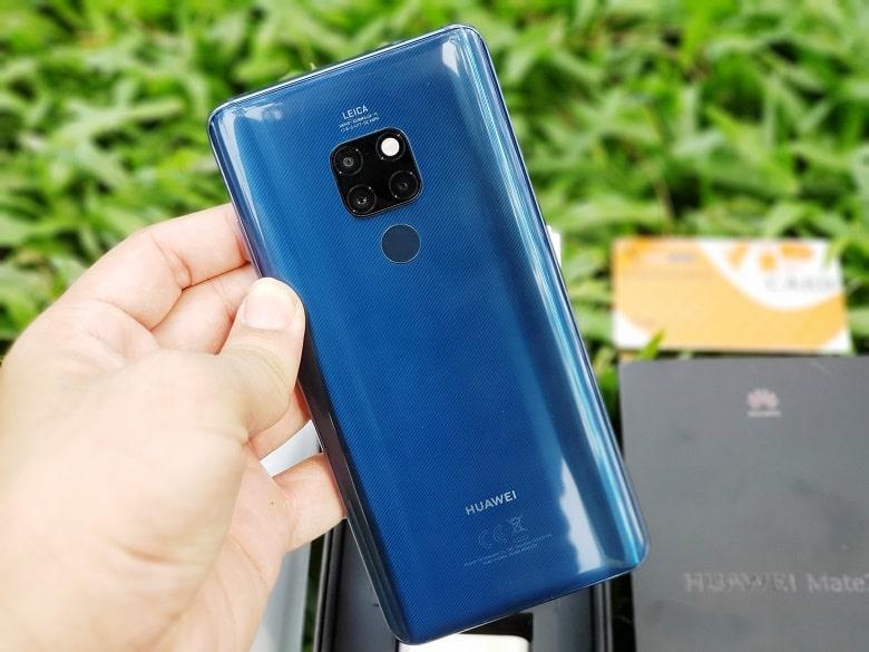 Huawei Mate 20 thiết kế lưng chính hãng