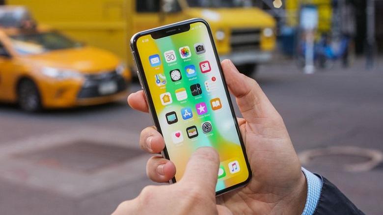 iphone x có màn hình tai thỏ tràn viền