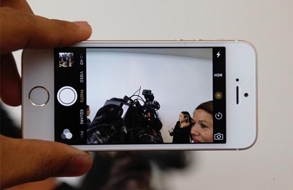 Giao diện chụp ảnh trên iPhone SE 64GB