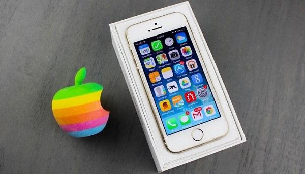 Cầu hình iPhone SE cũ mạnh mẽ với RAM 2GB