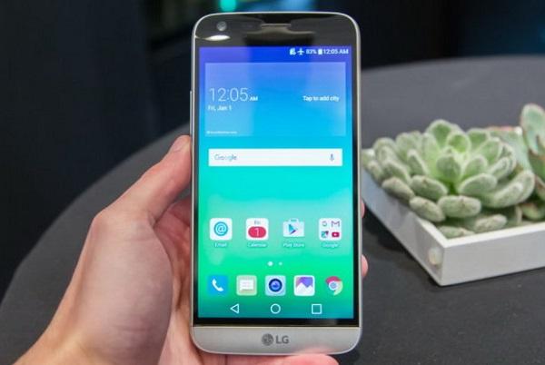 LG G5 cũ sẽ mang đến cho người dùng những trải nghiệm chân thực nhất khi xem phim, hay chơi game 3D...