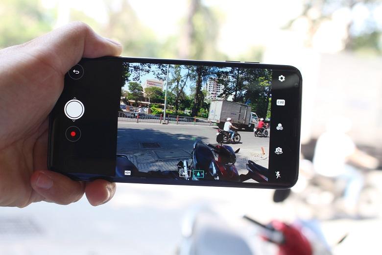 Camera là chức năng được đầu tư nhiều nhất trên LG V30 Plus