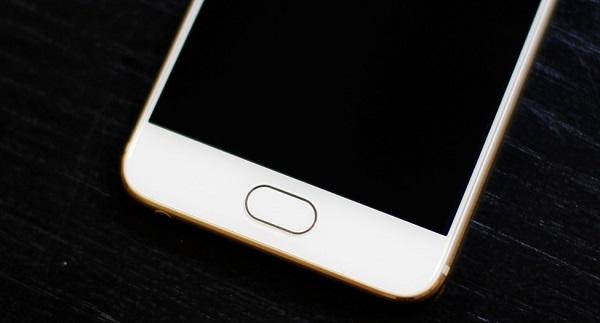 Phím Home của Meizu Pro 6 32GB được thiết kế dạng dài thay vì tròn như iPhone