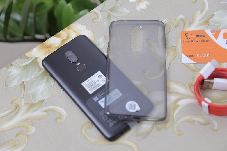 OnePlus 6 thiết kế