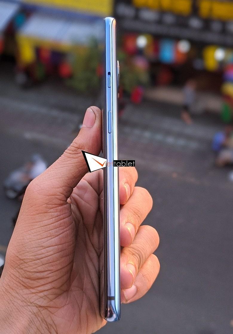 kích thước OnePlus 7T 256GB