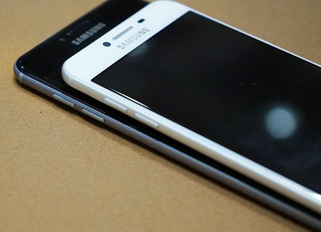 Samsung Galaxy C7 32GB thiết kế cạnh