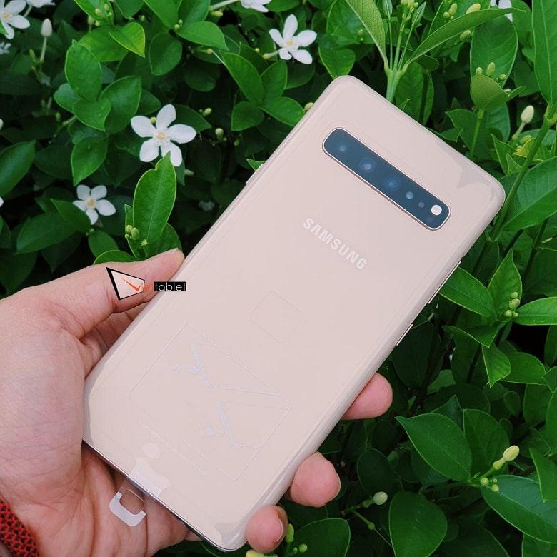 thiết kế Samsung Galaxy S10 5G Cũ