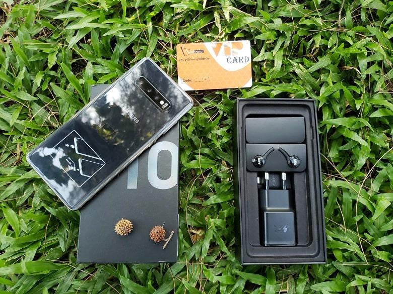 Mở hộp Galaxy S10 Plus 8GB - 512GB Hàn