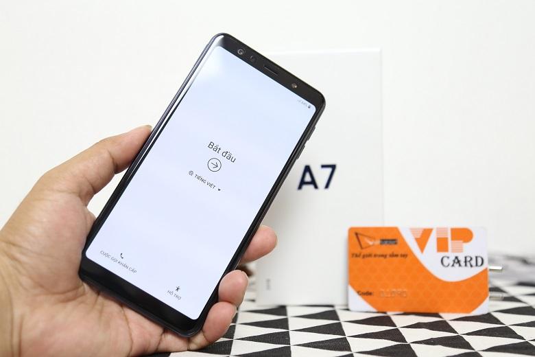 Samsung Galaxy A7 2018 sở hữu màn hình rộng