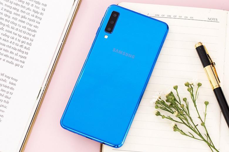 Camera là tính năng nhận được nhiều quan tâm trên Samsung Galaxy A7 2018