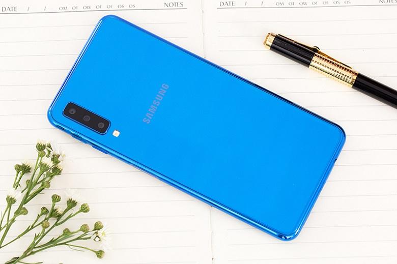 Samsung Galaxy A7 2018 là một sản phẩm tầm trung ấn tượng của Samsung