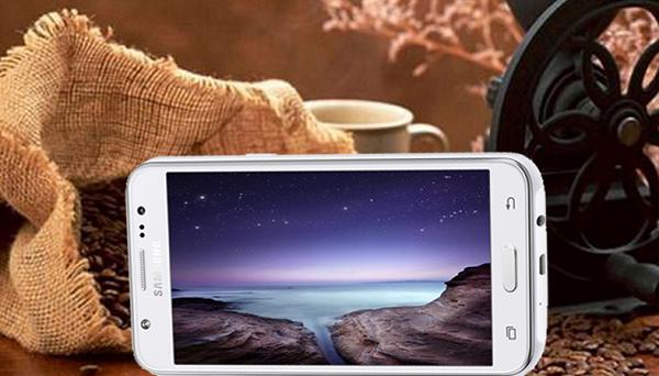 Màn hình Samsung Galaxy J5: