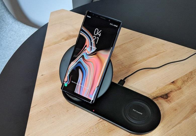 Samsung Galaxy Note 9 đế sạc không dây