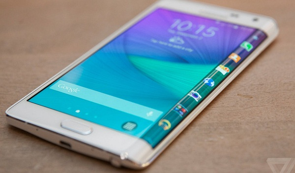 Camera sắc nét của Samsung Galaxy Note Edge Docomo