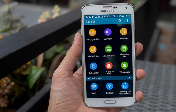 Samsung Galaxy S5 cũ có cấu hình ấn tượng