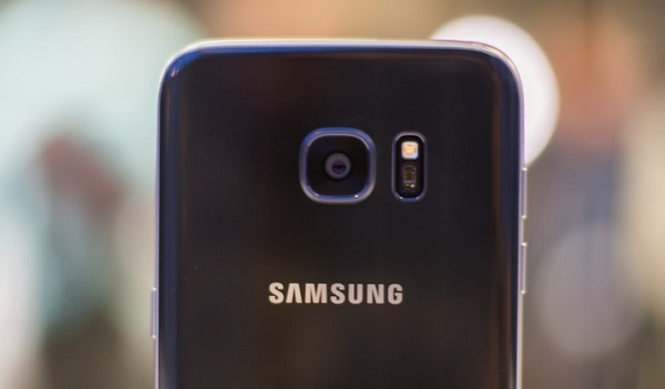 Samsung Galaxy S7 Edge cũ có thiết kế camera không còn lồi