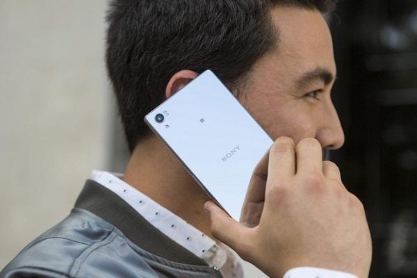 Sony Xperia Z5 có dung lượng pin bền bỉ