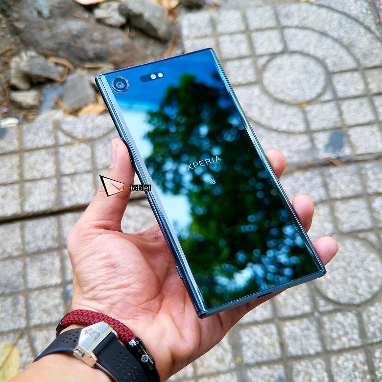Sony Xperia XZ Premium Like New 99% có thiết kế sang trọng
