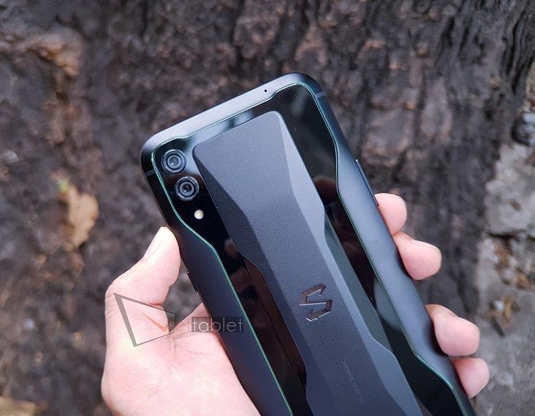Xiaomi Black Shark 2 thiết kế tinh tế