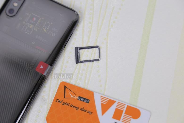đập hộp Xiaomi Mi 8 Explorer Edition
