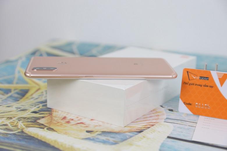 đánh giá thiết kế Xiaomi Mi Max 3