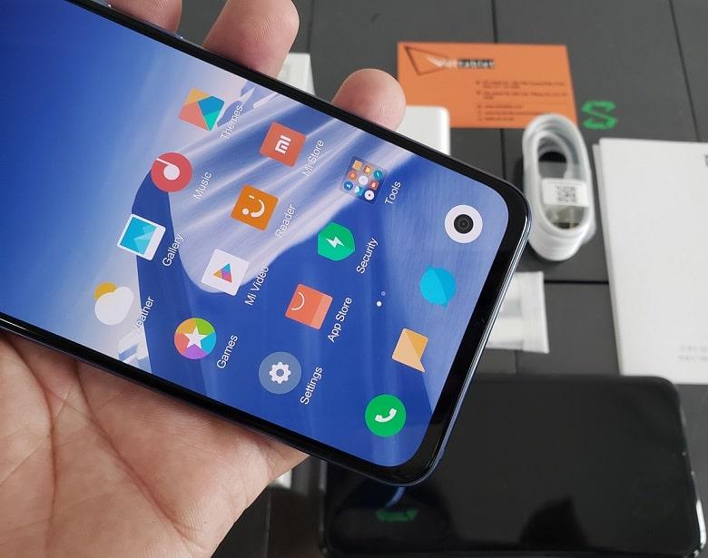 Xiaomi Mi 9 SE cấu hình mạnh mẽ chip snapdragon