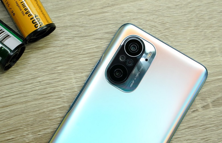 Xiaomi Poco F3 thiết kế cấu hình