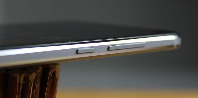 Xiaomi Redmi Note 4 thiết kế phím vật lý